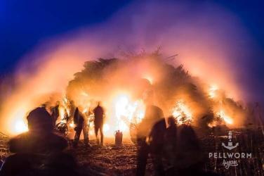 Feuer und Flamme für's Biikebrennen auf Pellworm