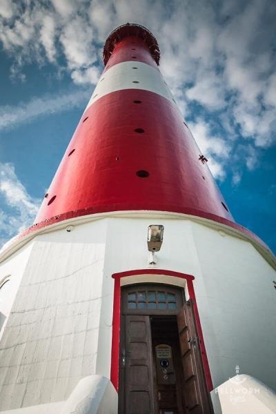 Der Pellwormer Leuchtturm ist das Wahrzeichen der Insel