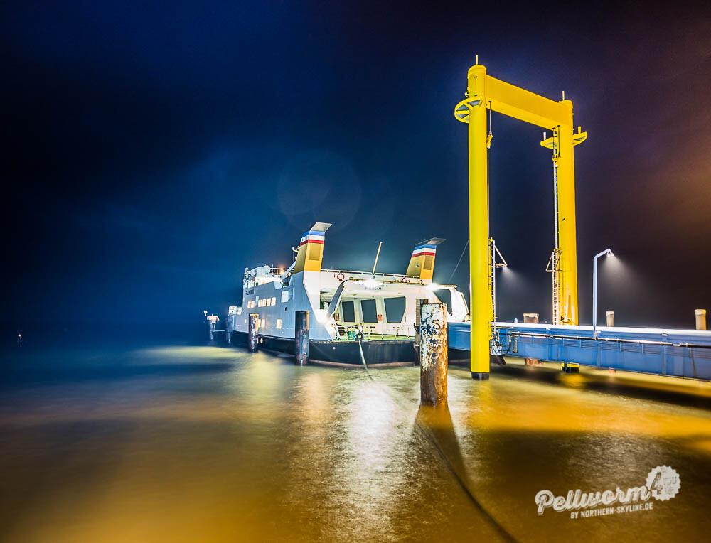 Lightshow am Pellwormer Tiefwasseranleger