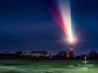 Spektakuläres Lichtspiel des Pellwormer Leuchtturms an Silvester