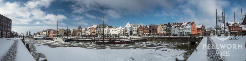 Panorama vom Husumer Hafen im Schnee